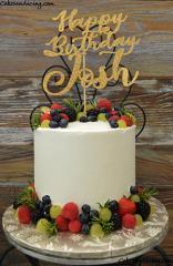 Fresh Berries And Drip #freshberriescake #mintandrosemary #chocolatecake #whippedcreamfrosting #freshfruits 01