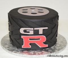 Gt R Cake! #gtr #gtrcake #nissangtr #tirecake