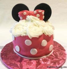 Kids Bday Minnie Mouse Theme Cake 05