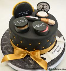 Mac Cosmetics Theme Cake For Mac Fans 02
