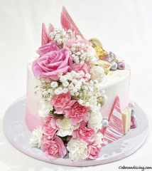 Not So Simple , Yet Elegant And Chic ! Birthday Cake For The Ones Who Love Flowers And Chocolates , Pink And Girly !!! #freshflowers #carnations #chocolates #pinkandwhite 02