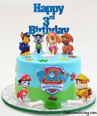 Paw Patrol Cake #pawpatrol #pawpatrolbirthday #paws #kidsbirthdaycake #chocolatechipcake #dogpaws #dogbones #dogbowl 11
